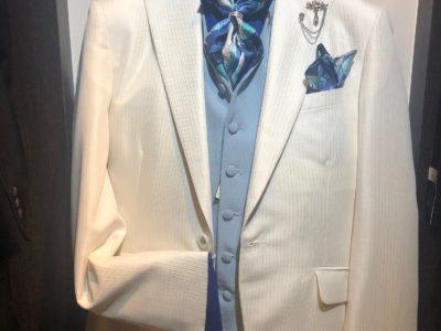 夏の季節に!白スーツのご紹介!